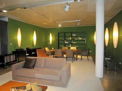 Objekt Consult Innenarchitektur in Starnberg, Wände in Ausstellungsräumen in Farbe gesetzt