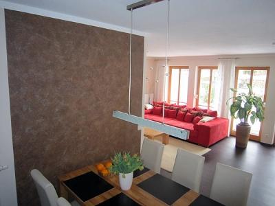 Familie Hölting in Wolfratshausen, neue Gestaltung der Innenräume & Böden