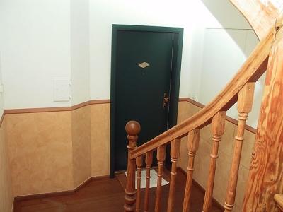 Wohnhaus in Kochel, Treppenhaus mit Wischtechnik